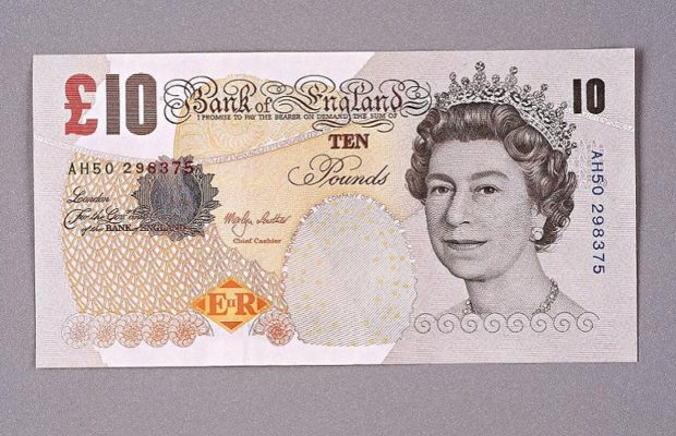 Old £10 notes