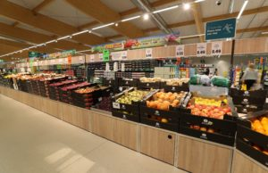 Lidl to remove black plastic packaging from fruit and veg 2