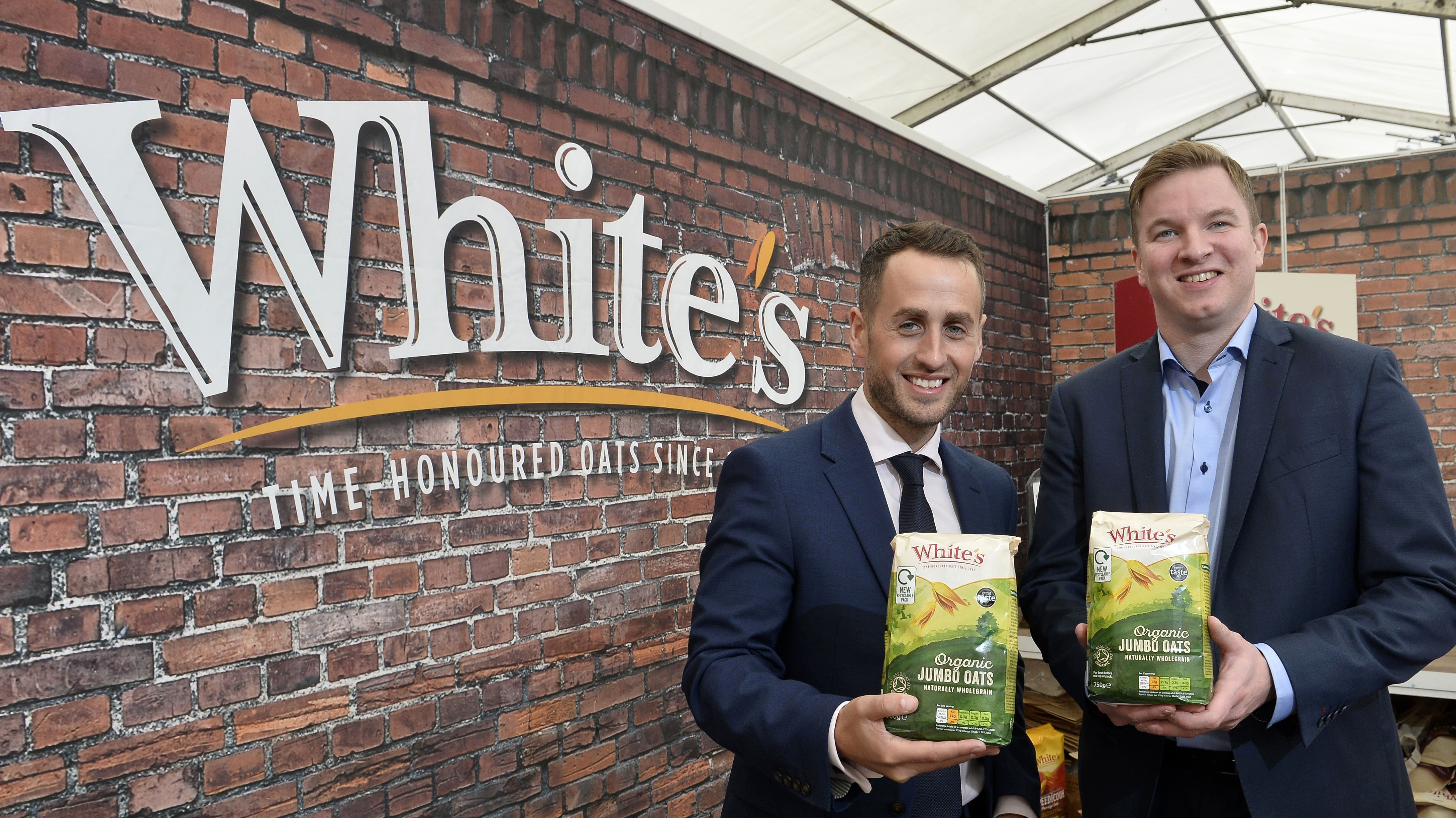 White's unveils new recycling bag at Tesco Taste Festival