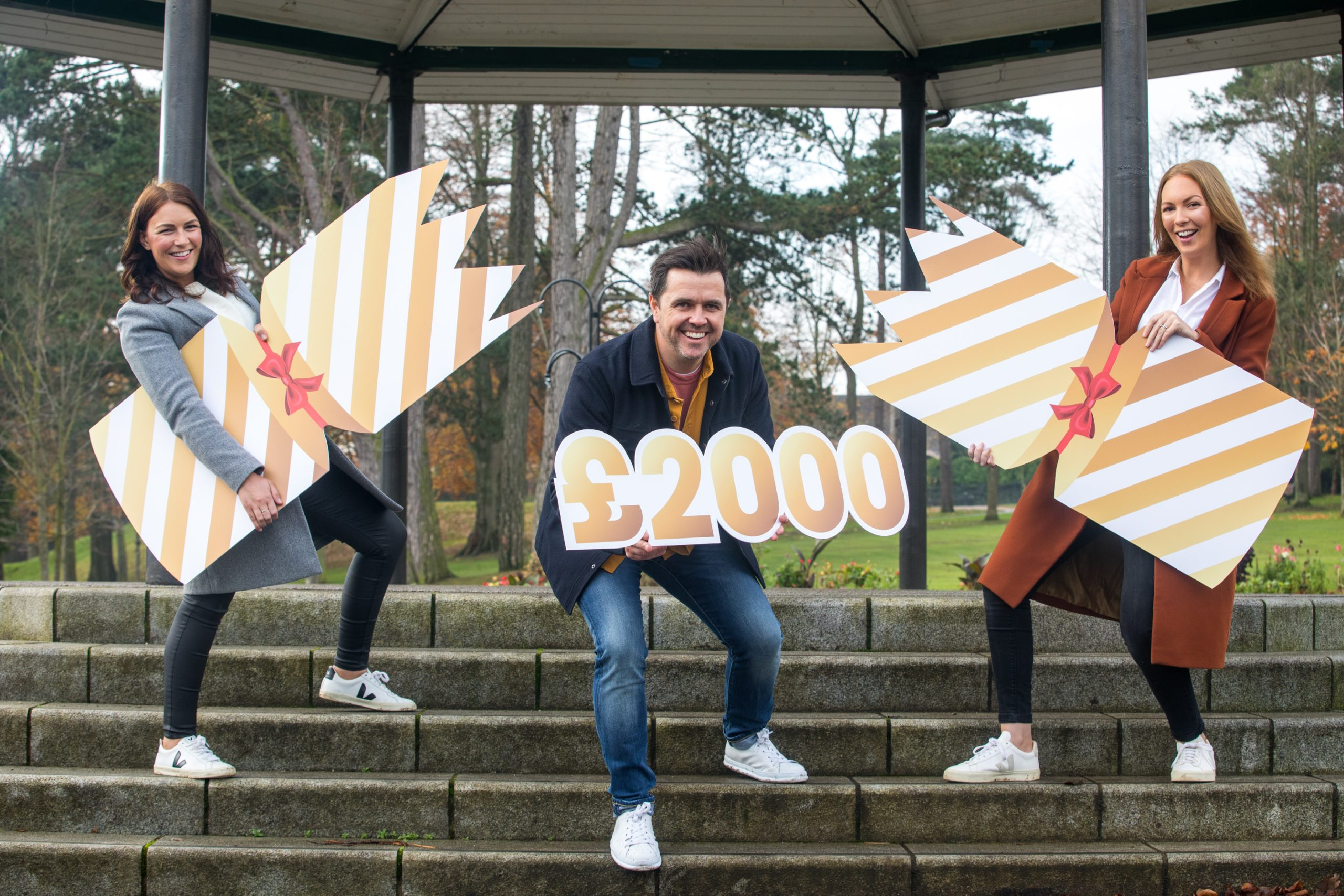 SuperValu and Centra Pledge Cracker Christmas For Two Lucky Families
