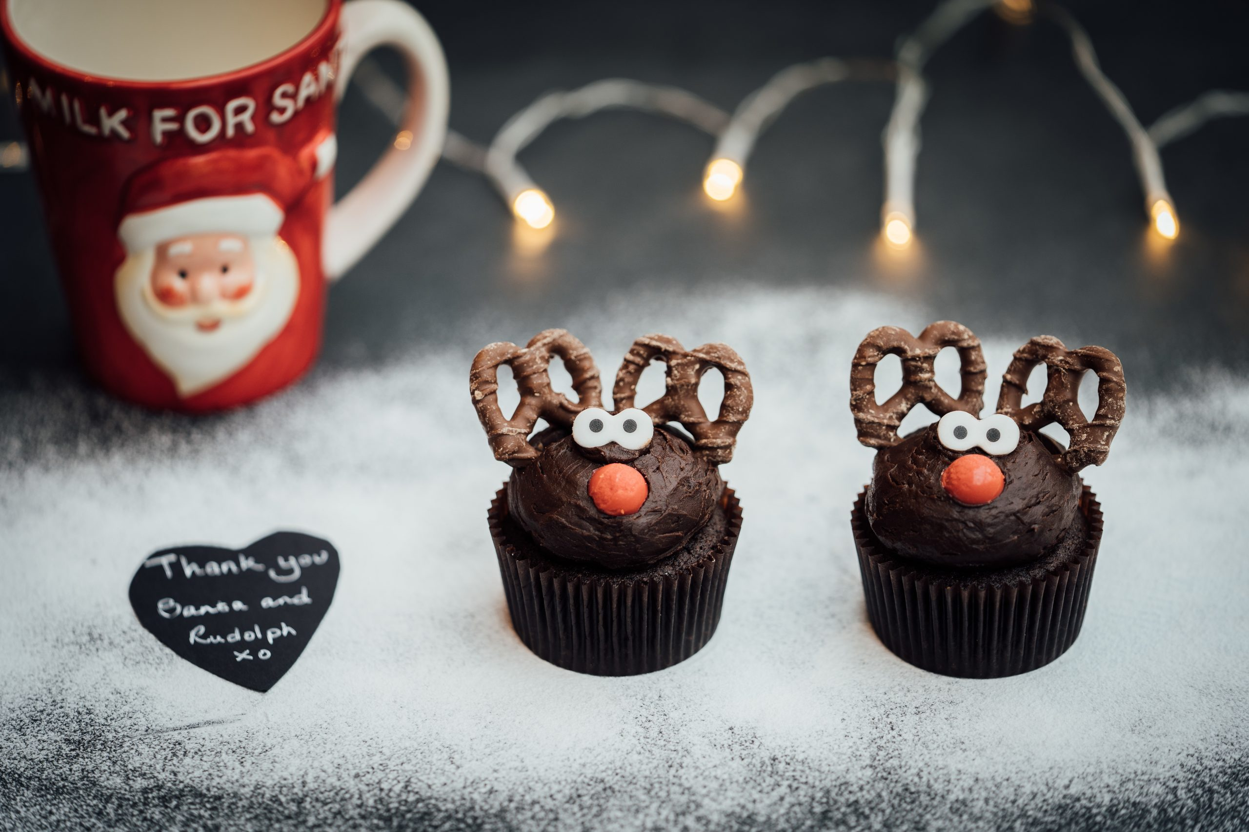 Genesis Limited Edition Mince Pies and Reindeer Cup Cakes bring Christmas cheer