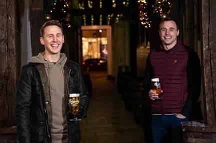 Carlsberg offers free Christmas pints