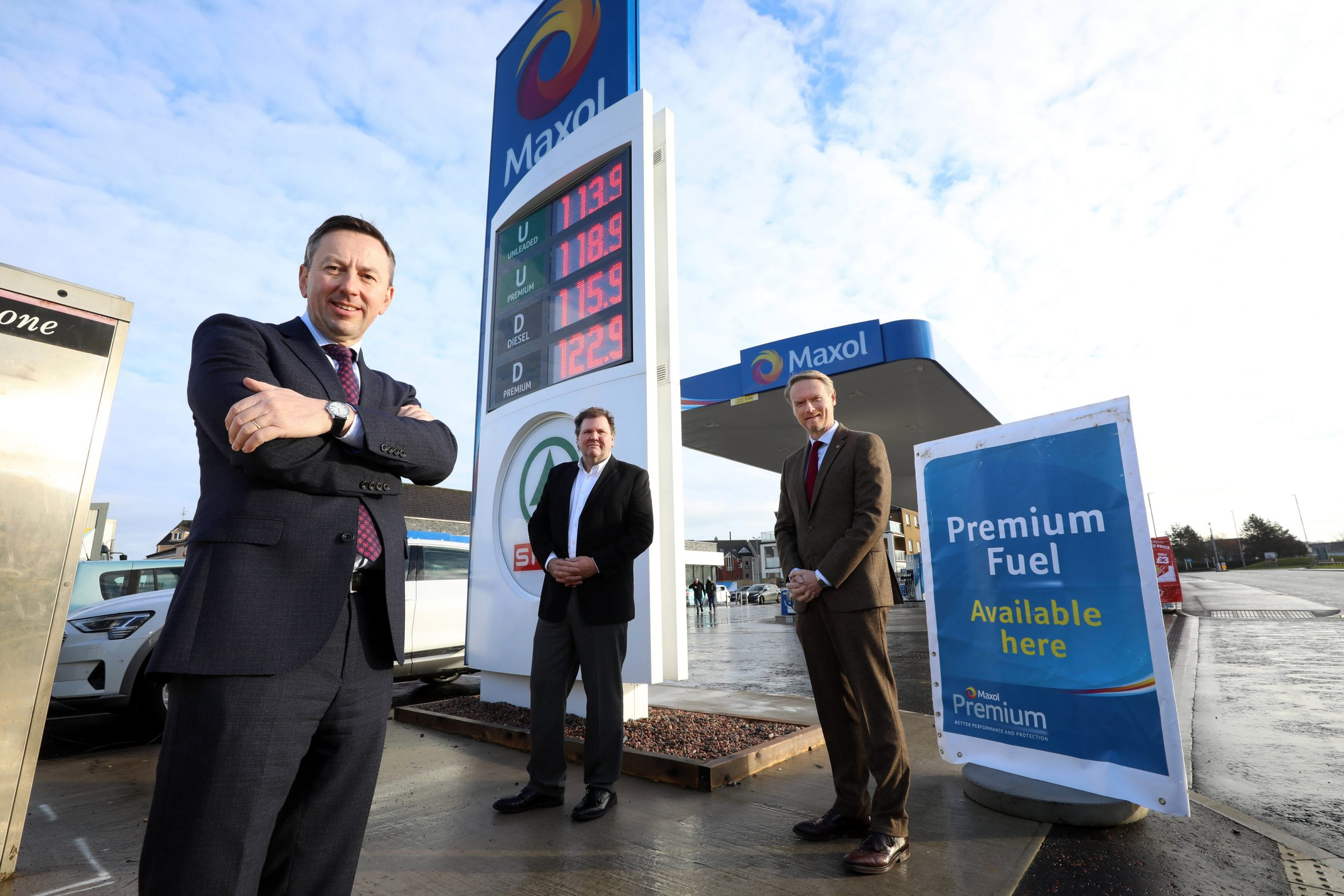 Maxol Celebrates £1.7m investment in Portrush Forecourt