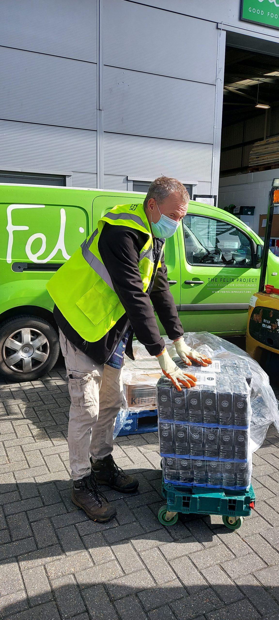 Flour Power – Bestway Wholesale Donates Over 80 Tonnes of Flour