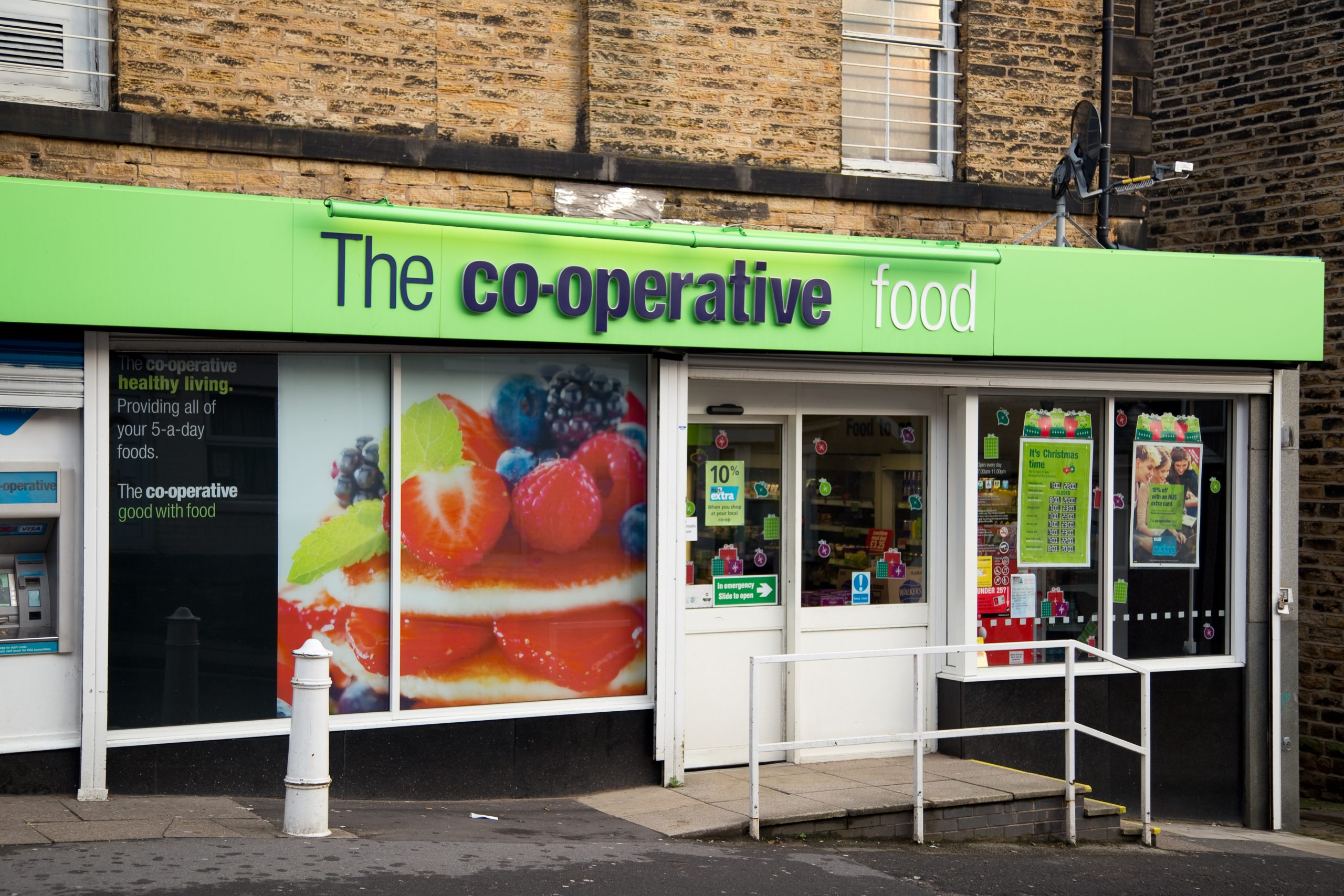 Co-op cuts the plastic – and reveals meaningful 10-point climate plan