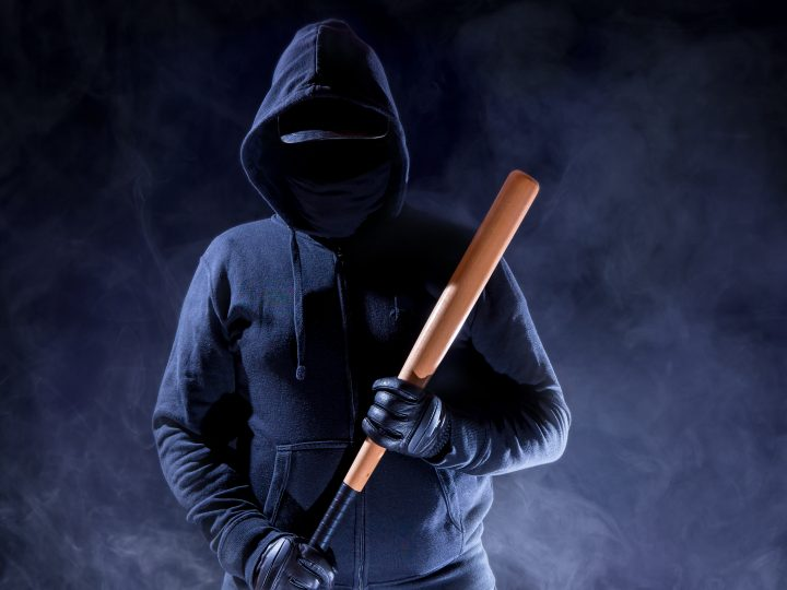 Criminalise attacks on shop workers – NFRN