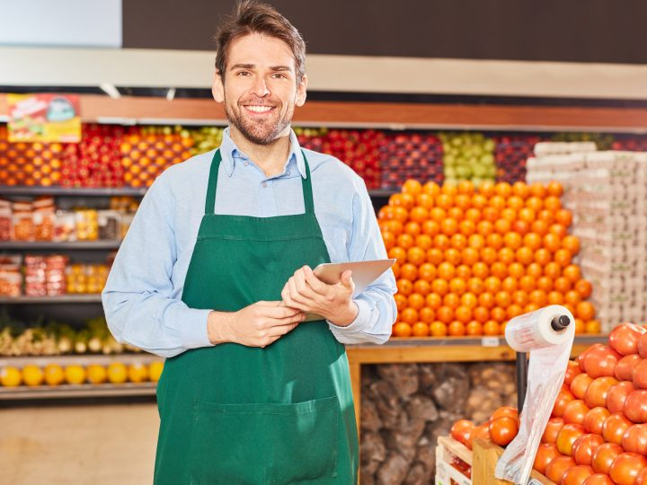 Grocery sales down 7.4% in last quarter